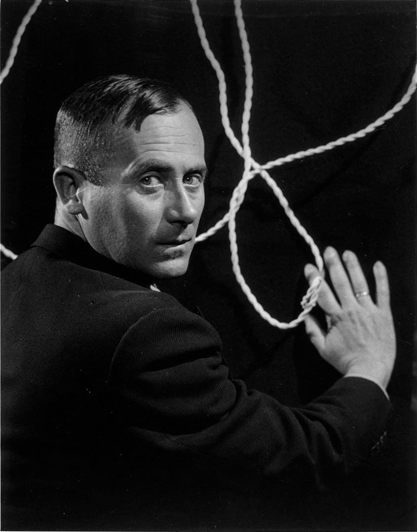 Joan Miró en 1933 - fotografía de Man Ray